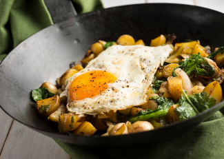 Potatoes and Lentils served with spinach and eggs